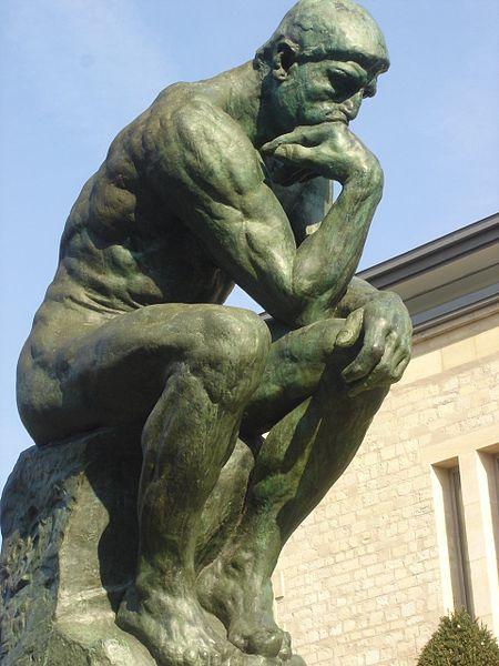Être assis peut aider à réfléchir...mais attention !